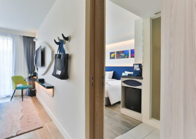 Two Bedrooms Connecting Family Room - Hotel Clover Patong Phuket