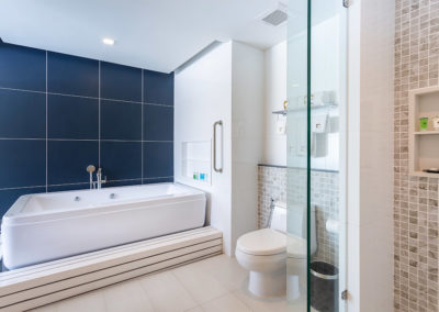 Jacuzzi Suite - Hotel Clover Patong Phuket